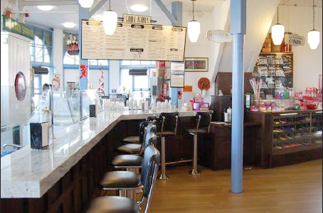 Santa Monica's Soda Jerk serves up scrumptious sundaes with a traditional flair