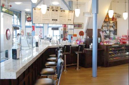 Santa Monica's Soda Jerk serves up scrumptious sundaes with a traditional flair