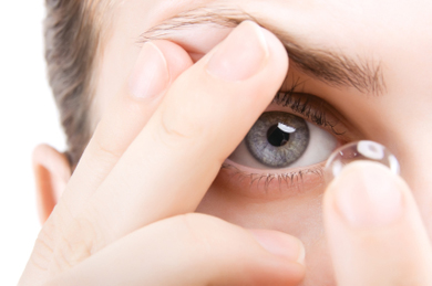 New contact lenses help correct vision after continuous wear