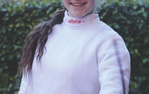 Meet fencer freshman Cara Auerbach