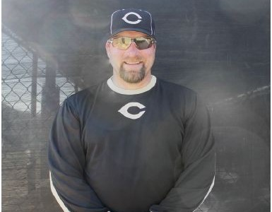CHS welcomes former MLB player to the baseball program