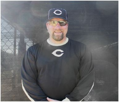CHS welcomes former MLB player to the baseball program