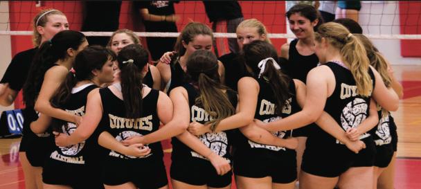 Varsity+girls+volleyball+sets+high+to+reach+CIF+playoffs