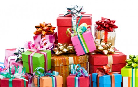 """Purchase these splendid stocking stuffers to be the greatest """"Santa"""" this holiday season"""