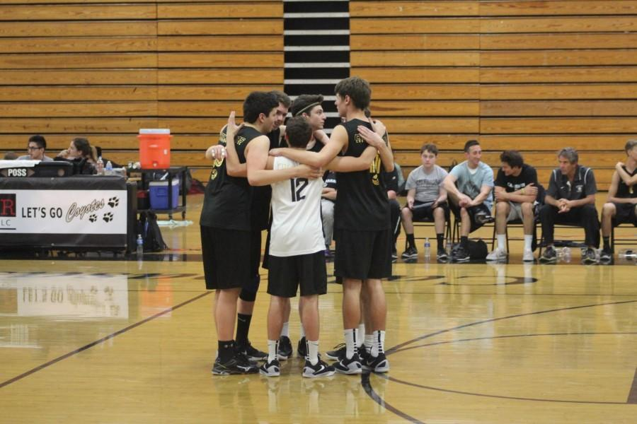 Boys' Volleyball starts season strong