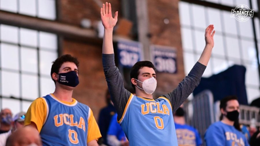 Calabasas alum, Ryan Gesas, becomes UCLA's good luck charm, thanks to Twitter